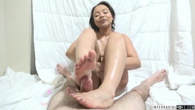 Asian Babe Greased Herself And Craved Dry