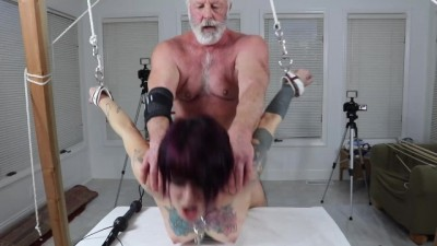 She Tied Up The Young Woman And Fucked It By Torture