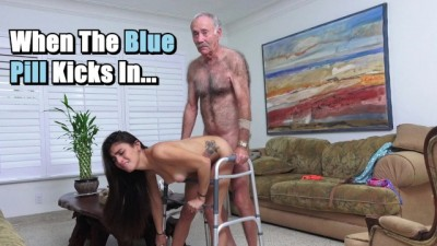 Helpful Horny Young Girl Michelle Martinez Fucked by Geriatric Stud