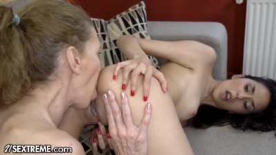 21Sextreme Teen & Granny Sensual Lesbian Ass and Pussy Licking