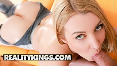 Reality Kings - Blonde Sexy Girl Oily Sex Is Very Fierce And Passionate