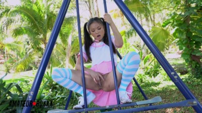 Asian School Girl Lulu Chu Masturbates in Public Park - Amateur Boxxx
