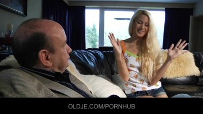 Crispy Sexy Blonde Takes Old Man Cock HD