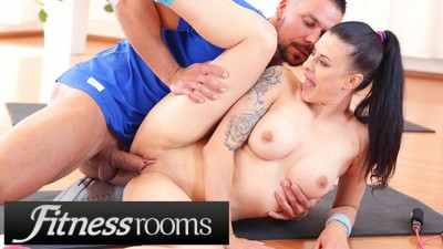 Fitness Rooms Big Tits Inked Babe Billie Star Stretched and Fucked Hard by her Strong Trainer