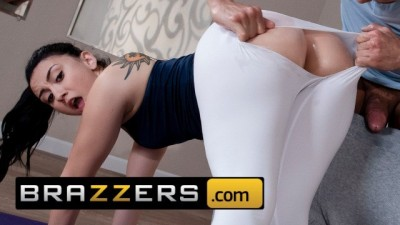 PAWG Yoga teen Mandy Muse loves anal Fucking