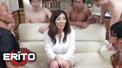 Erito - Mature Asıan Girl getting her Pussy Pounded in Gangbang