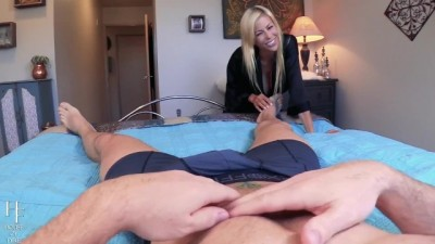 Crush on Stepmom.Hot Blonde Alexis Fawx POV