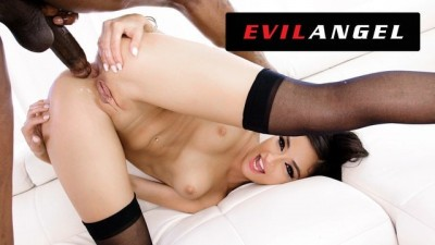 Black snake in her anal hole