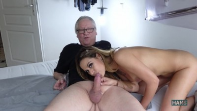 Horny Spanish Bitch Rubi Gets the Cunt Licked