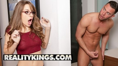 Sexy Cute nerd Kimmy Granger takes a study break