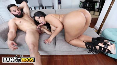 Sexy Latina Rose Monroe Bounces Her Fatty Big Ass