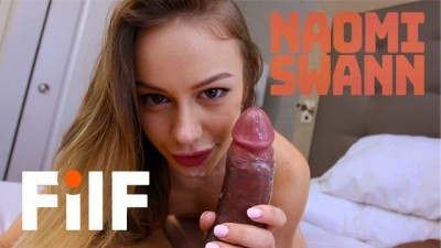 Sexy Stepdaughter Naomi Swann Wants Stepdad To Give Her Her First Orgasm