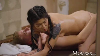 Asian MILF Akasha Coliun rides cowgirl on younger man