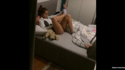 Spy Voyeur Young College Student Teen In Her Bed Hidden Cam