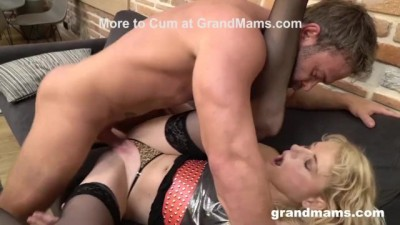 Cheating Cougar Wife Lets Gigolo Cumshot On Her Face