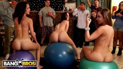 Dorm Invasion  - Jada Stevens, Remy LaCroix & Dillion Harper Dorm Room Orgy