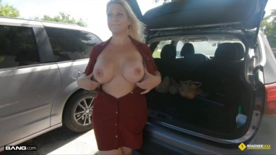 Roadside XXX - Thick Blonde MILF Fucked Roadside Assistance