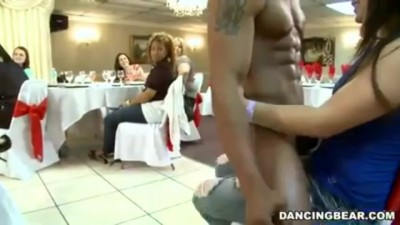 Dancing Bear - Dozens Of Drunk Hotties Suck On One Dick