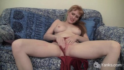 Yanks - Gorgeous Daphne Fingers Her Pierced Pussy