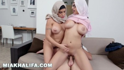 Mia Khalifa - Young And Beautiful Mia Khalifa Riding Dick, Eating Julianna