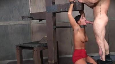Slavegirl Chick Restrained and Deep Throat Hardcore