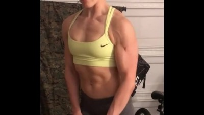 Abbi Kianpour Muscles Hot GYM