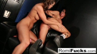 The Hot SeXXX ploitation of Romi Rain and Abigail Mac Lesbıan