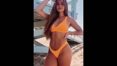 Addison Rae Jerk off Challenge