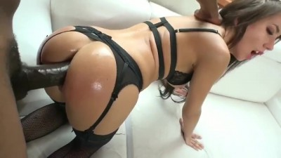 Hot brunette Lola Bulgari great anal fucking