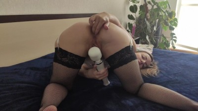 Was Carried away by Masturbating and Fucked herself with a Hand in the Ass