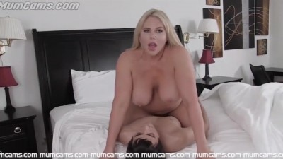 Step-Mom Mature Fucked Herself To Her Son