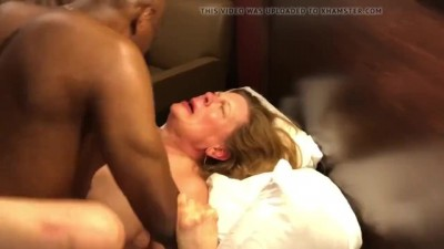 Black Man Fucked Mature Woman In Hotel Room