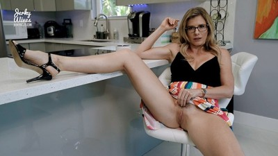 Hot Blonde Horny Step-Mom Gives Up Her Ass for Free