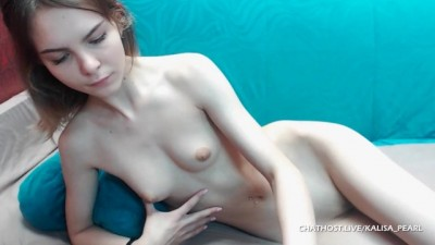Naked Camgirl Touching her Skinny Shaved Cunt
