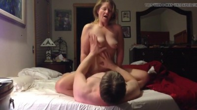 Ride to Orgasm Busty Norwegian Granny from Horer.eu