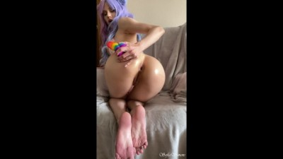 Young Teen with a Tight Ass tries Anal with a Dildo for the first Time