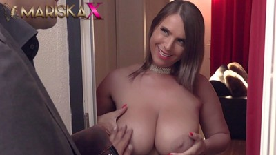Sexy Susi Uses Her Big Tits To Her Advantage