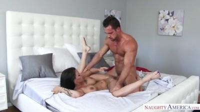 Young Man Was With His Naughty Neighbor Peta