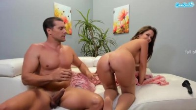 Muscular Man Gave Mature Woman Painful Anal Experience