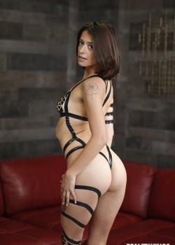 Izzy Bell
